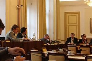 Gasoil Rouge : benoit piedboeuf d put f d ral bourgmestre tintigny pr sident mr luxembourg actualit s ~ Gottalentnigeria.com Avis de Voitures