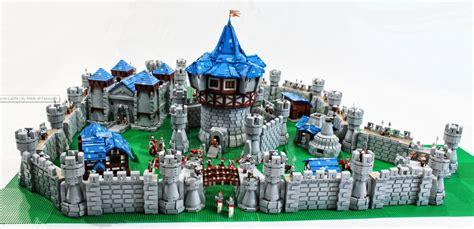 world  warcraft lego castle    pieces