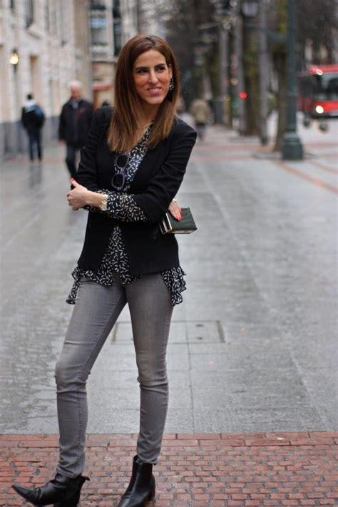 Mu00e1s de 1000 ideas sobre Jeans Grises en Pinterest   Vaqueros Grises Jeans y Jeans Ajustados Grises