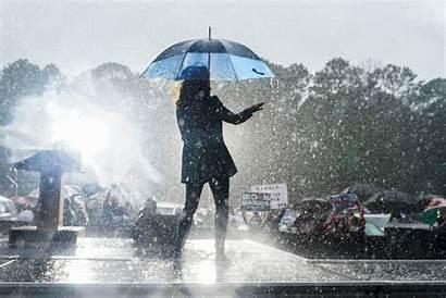 Kamala Harris Rain Dancing Campaign Republican Florida