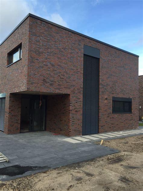 Einfamilienhaus Kompaktes Ziegelhaus Mit Erdwaermepumpe by Bildergebnis Fr Haus L Form Wish List Kubus Haus Haus Bauen