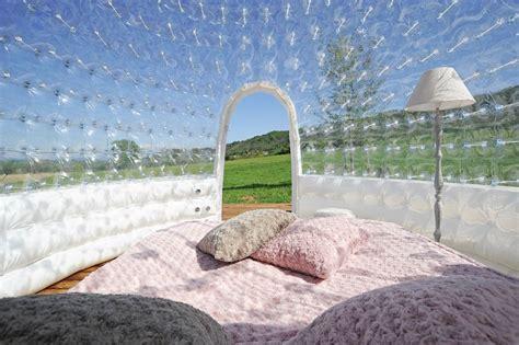 chambre bulles chambre bulle une nuit insolite en is 232 re domaine de suzel