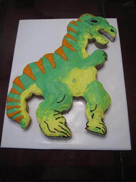 dinosaur cupcake cake  dinosaur cupcake cake   boy