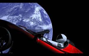 Tesla Dans Lespace : vous pouvez regarder en direct le mannequin de spacex au volant de la tesla dans l 39 espace ~ Nature-et-papiers.com Idées de Décoration
