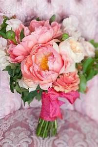 Pourquoi opter pour un bouquet de mariee rond for Chambre bébé design avec bouquet de fleurs pivoine