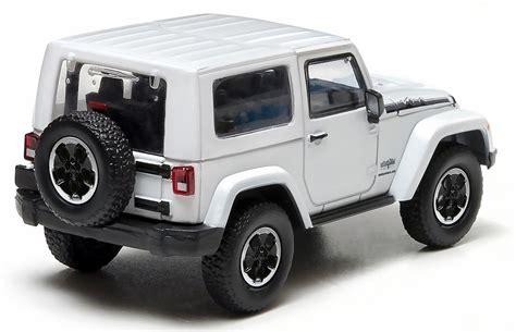 jeep wrangler white jeep wrangler polar white diecast