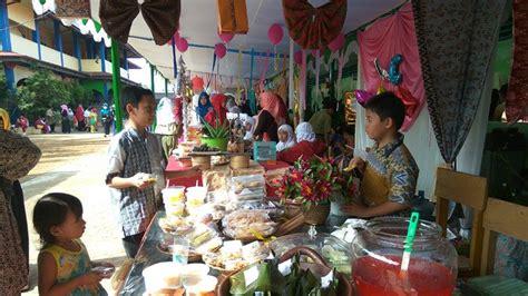 Rancangan kerja tersebut nantinya akan dilaksanakan sebagai. Contoh Proposal Bazar Makanan Di Sekolah - Gambaran