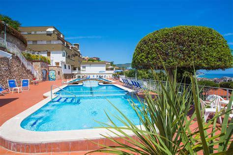 Vacanza Pietra Ligure by Residence Appartamenti Con Piscina Vista Mare Pietra