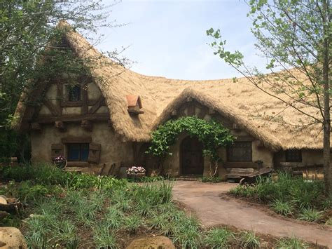 snow white cottages disney magic kingdom  dwarfs