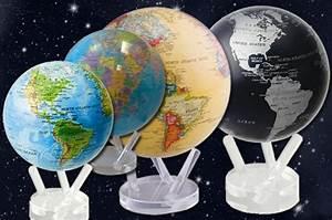 Globus Als Lampe : globen aus vielen materialien und in vielen erscheinungen ~ Markanthonyermac.com Haus und Dekorationen