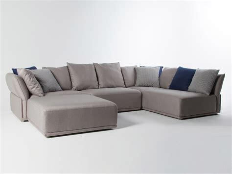 canapé d angle bois canapé d 39 angle modulable tissu gris clair 5 places