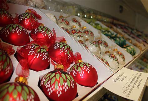 scenes from the boston christmas festival 2011 boston com