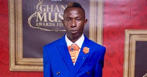 """Patapaa Gets More Support As Fellow """"fante Brother"""" Prays"""