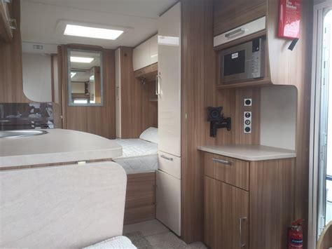 lunar clubman   sale  southport red lion caravans