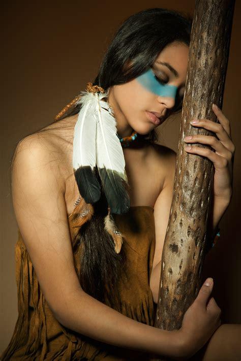Hot Pic Of Beautiful Native American Woman Tulsavul