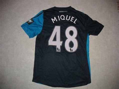Arsenal Away football shirt 2011 - 2012. Sponsored by Emirates