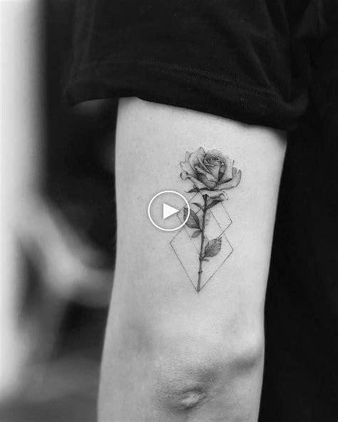 Pin de Lili Rodrigues em Tatoo | Tatuagem pequena