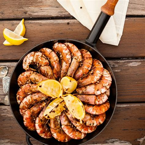There are so many people out there who have a terrible obsession for seafood. Christmas Seafood Recipes: BBQ Split Prawns | POPSUGAR ...