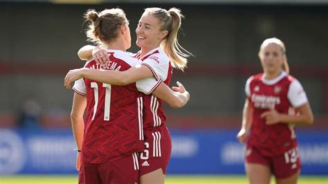Arsenal and Everton remain perfect in Women's Super League ...