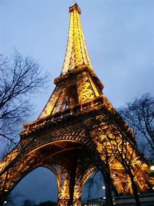 L Italie à Paris : paris at night hello italy ~ Preciouscoupons.com Idées de Décoration