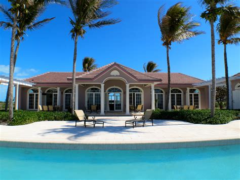 waterside escapes west  grand bahama island luxury