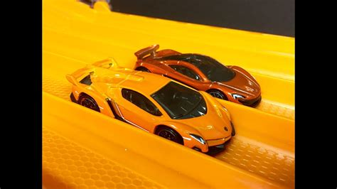 race lamborghini veneno  mclaren p hot wheels youtube