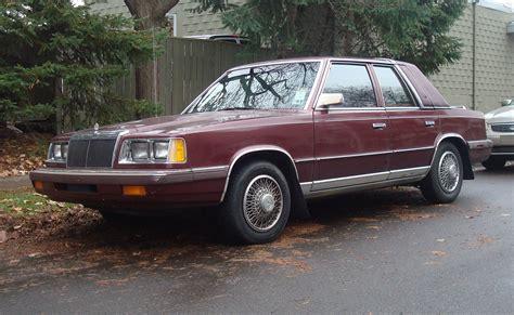 File:1986-1988 Chrysler LeBaron sedan.jpg - Wikimedia Commons