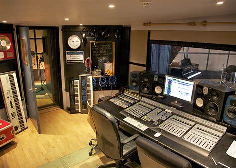 London's finest Recording Studios   Resident Studios