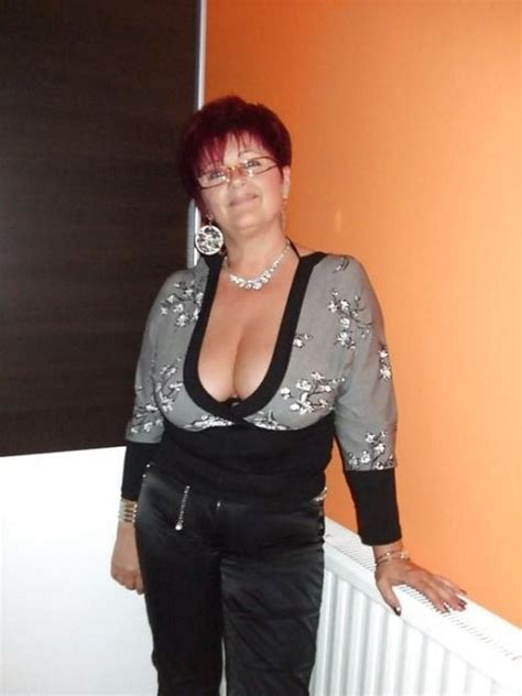 Pin On Beautiful Mature Women