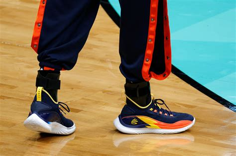 Steph Curry to show support for Asian community by wearing ...