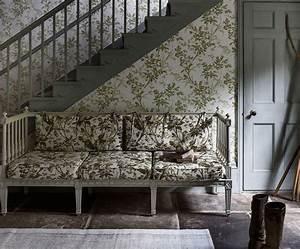 1001 idees deco pour la meilleure association de couleur With tapis champ de fleurs avec canapé blanc et gris