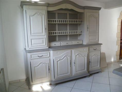 repeindre une table de cuisine en bois repeindre des meubles de cuisine en bois vernis