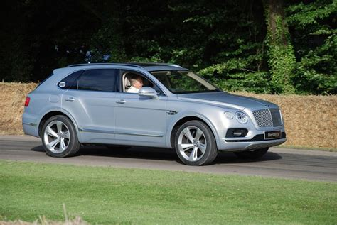 Gambar Mobil Bentley Bentayga by 2018 Bentley Bentayga Review Engine Release Date And Photos