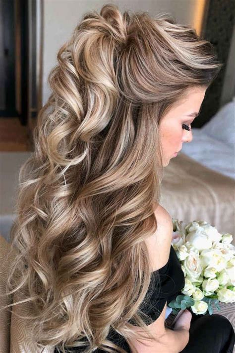 Mother Of The Bride Hairstyles: 63 Elegant Ideas 2020