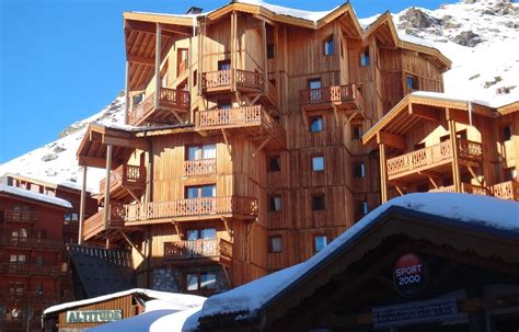 chalet altitude in val thorens boeken summit travel