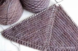 Modele De Tricotin Facile : tricoter un chale facile tricot pinterest tricot ~ Melissatoandfro.com Idées de Décoration