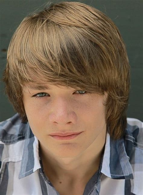 How to Get and Care for Dakota Goyo Hairstyle ? Cool Men's