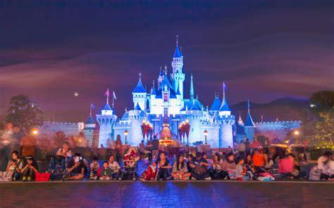 hong kong disneyland magic  links travel tours