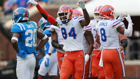 College football bowl projections: Florida leads Georgia ...