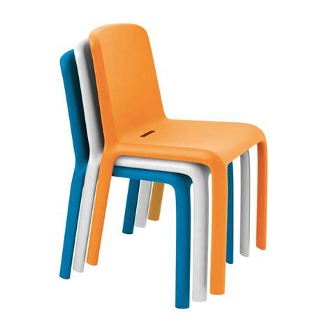 chaise en 300 chaise pedrali en polypropylène empilable
