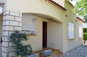 Peinture Facade Maison : ravalement de facade nettoyage de toiture 34 et 11 ~ Melissatoandfro.com Idées de Décoration