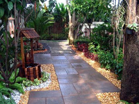 small backyards very small backyard ideas small backyard ideas vatsam paths dog friendly side yard