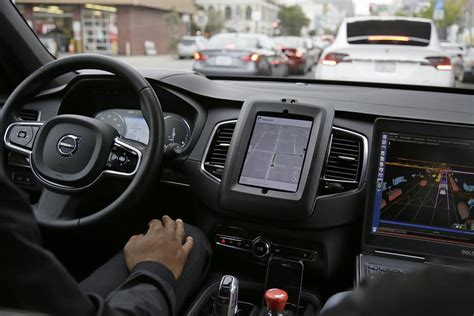 In Theory, Driverless Cars Could Make Toronto's Roads