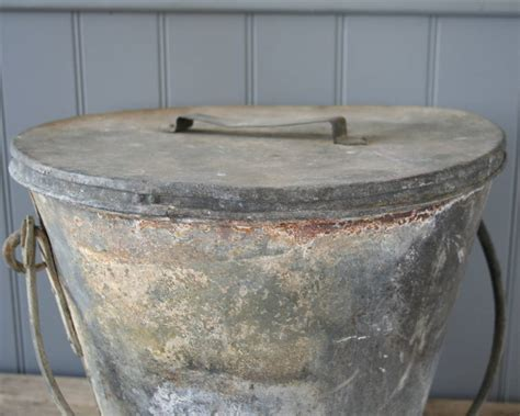 Large Metal Bucket With Lid By Homestead Store