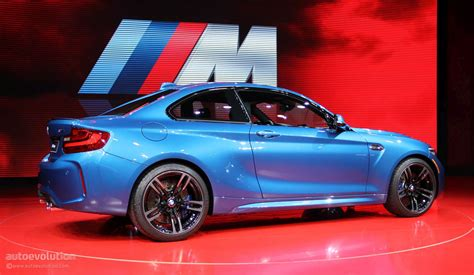 Who Makes Bmw by Bmw M2 Makes Detroit Look Like A Racetrack Autoevolution
