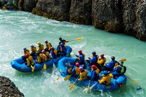 icelands golden circle river rafting  arctic