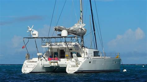 Frenk Catamaran Bvi crewed catamaran charter vacations for 4 guests