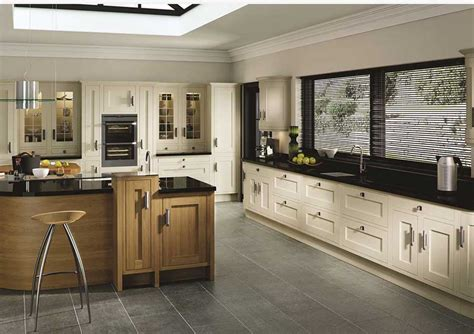 Kitchens Leeds, Traditional Or Contemporary  New Wave