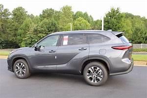 New 2020 Toyota Highlander Xle Sport Utility In Macon