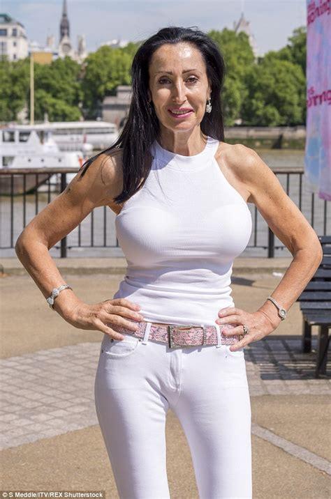 Stephanie Arnott    takes to London streets to test beauty